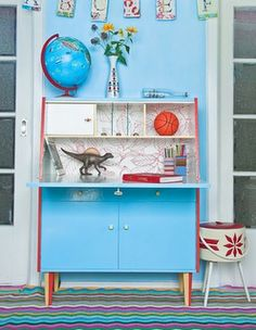 kids workspace -- use old dresser for drop front desk Casa Kids, Kids Workspace, Secretary Desks, Retro Home, Mid Century Modern Furniture, Writing Desk, Painted Furniture, Kid Furniture, Refurbished Furniture