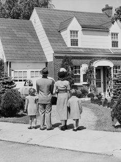I pinned this to my Americana board because I think this represents the American dream with white picket fence house, and the perfect average American family with two kids and I think really represents American culture. Vintage Pictures, Old Pictures, Old Photos, American Dreams, Of Mice And Men, The Good Old Days, Illustrations, Back In The Day, Vintage Photography