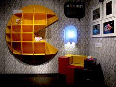 Pac-Man Shelf & Tetris Chair via Guillohm on Flickr