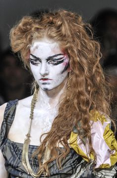 Vivienne Westwood at London Fashion Week Spring 2014 - Details Runway Photos