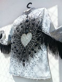 Witch Fashion, Diy Fashion, Fashion Outfits, Fashion Design, Ropa Upcycling, Embellished Jeans, Diy Clothing, Playing Dress Up, Refashion