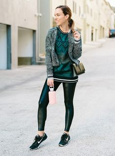 Sydne Style shows trendy athleisure outfits for fall in fabletics lace and koral shiny leggings