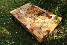 Fabricada con trozos de madera reciclada 1,20 x 0,70 m Made with pieces of reclaimed wood