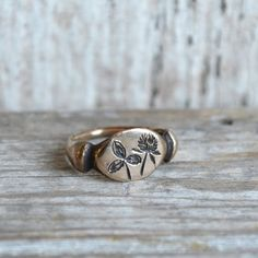 Red Clover Botanical Ring - Bronze - size 8 - $96
