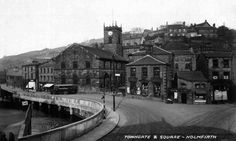 0042 Towngate and Square Holmfirth 1928