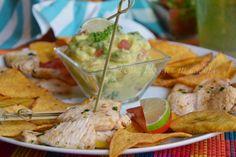 Pollo marinato al lime con guacamole, tortillas e platano