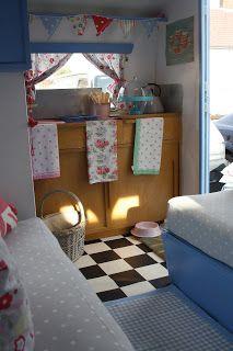 Polly Dolly Vintage: My Vintage Caravan