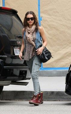 I love Jessica Albas style