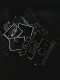 Printing Ideas Useful Gray Aesthetic, Black Aesthetic Wallpaper, Night Aesthetic, Black And White Aesthetic, Black Wallpaper, Aesthetic Grunge, Galaxy Wallpaper, Black And White Picture Wall, Black And White Pictures
