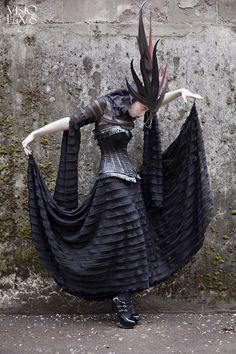 Model: Ophelia Darkly  H/MUA: thebirdbones  Suspiria Gown: kambriel Vampire Bride, Best Husband, Headdress, Costume Design, Goth, Costumes, Dark, Model, Beauty