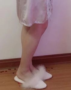 Ballet Dance, Ballet Shoes, Dance Shoes, Sleepwear Women, Fur Slides, Slippers, Fashion, Cute Flip Flops, Slipper