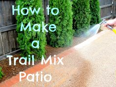 "How to make a pea gravel patio. (Not sure why it's called a ""trail mix"" patio. Diy Patio, Backyard Patio, Backyard Landscaping, Patio Decks, Budget Patio, Backyard Ideas, Garden Ideas, Pebble Patio, Pea Gravel Patio"
