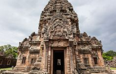 Phanom Rung is a Hindu temple regarded for its outstanding architecture.