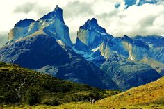 Los Cuernos in Torres del Paine National Park, Chile. majestic view!! #patagonia #photo #landscapes #mountains