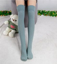 Item Type: Stockings Gender: Women Pattern Type: Print Material: Cotton,Polyester Thickness: Thick Item Length: 70cn Color Style: Natural Color