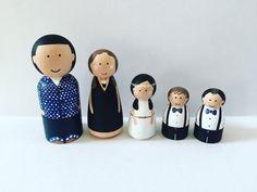 Custom peg family of 5 wooden dolls family by Createandplay
