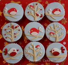 christmas baking ideas, nine cupcakes with pale blue fondant icing, decorated with brown, sparkly red and white fondant birds and trees Fondant Cupcakes, Fondant Icing, Fondant Toppers, Yummy Cupcakes, Christmas Cupcake Toppers, Christmas Cupcakes, Bird Cookies, Cupcake Cookies, Maria Chocolate