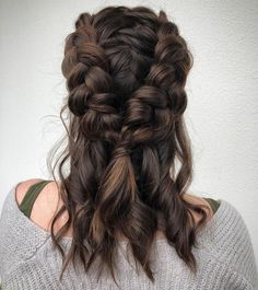 Perfectly Messy — 40 Different Messy Hairstyles - Page 2 of 4 - Stylish Bunny . Perfectly Messy — 40 Different Messy Hairstyles - Page 2 of 4 - Stylish Bunny . Perfectly Messy — 40 Different Messy Hairstyles - Page 2 of 4 - Stylish Bunny Ethnic Hairstyles, Box Braids Hairstyles, Pretty Hairstyles, Unique Hairstyles, Hairstyles 2018, Wedding Hairstyles, Hairstyles Videos, Everyday Hairstyles, Messy Braided Hairstyles