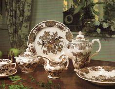 """Royal Doulton """"Windsor Bunt"""" (Erdinç Bakla archive)"""