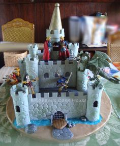 Knight's Castle Cake - Made this for my twin boys' 6th birthday.