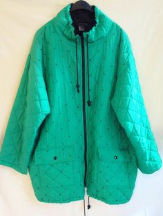 Great vintage Carol Little outdoor jacket. 100% silk outer shell in a beautiful bright green. Quilted with small black beads as decor. Nice