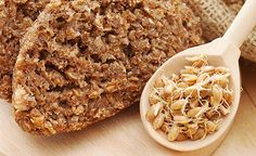 (Zentrum der Gesundheit) - Brot ist längst kein gesundes Lebensmittel mehr. Wirklich gesundes Brot (Brot aus Keimlingen) gibt es kaum zu kaufen. Daher macht man sich sein tägliches Brot am besten selbst!
