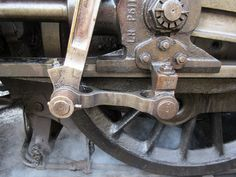 Glorious Steam - BR 2.6.4T Class 4MT No.80104 valve gear and connecting rods 3/3