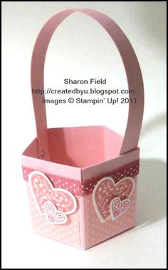 Tiny Valentine Basket Tutorial Sharon Field Ideal to put Homemade Easter Egg in Valentine Baskets, Valentine Treats, Valentine Day Cards, Be My Valentine, Stampin Up, Envelope Punch Board, Paper Basket, Paper Boxes, Craft Box