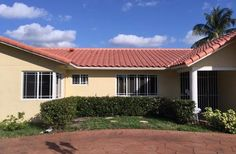 Do you want a firm in Miami that can handle roofing repairs? Rainaway Roofing can help you out. They have received a number of rave feedback from roofing construction reviews.