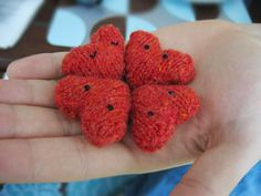 Free Knitting Pattern: Hearts