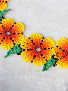 Bead Jewellery, Beaded Jewelry, Handmade Jewelry, Beaded Choker Necklace, Necklaces, Collar Redondo, Mexican Flowers, Peyote Stitch Patterns, Bead Sewing