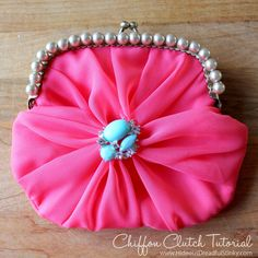 Tutorial: Gathered and jeweled chiffon clutch