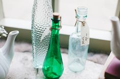 Red Alice in Wonderland Wedding Drink Me Bottles http://www.danhoughphoto.com/