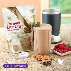 Protein Shakes For Weight Loss. Protein shakes for weight loss - great meal replacement shakes made with healthy Forever Lite Ultra! Best Protein Shakes, Chocolate Protein Shakes, Chocolate Shake, Protein Shake Recipes, Smoothie Recipes, Protein Smoothies, Fruit Smoothies, Forever Aloe, Shopping