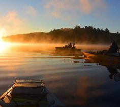 Sunrise kayak fishing in Norfolk County, ON Fishing Kayak Reviews, Kayak Fishing, Fishing Tips, Fishing Magazines, Norfolk County, 100 Things To Do, Learn To Read, Survival Tips, Niagara Falls