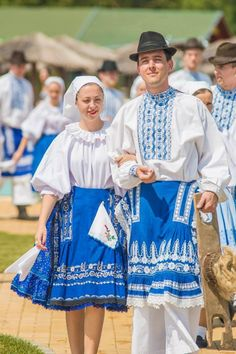 Slovaks from province Vojvodina, Northern Serbia. Folk Costume, Costumes, Art Populaire, People Of The World, Ethnic Fashion, Fashion History, Traditional Dresses, Beautiful People, Fashion Outfits