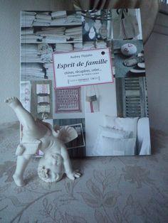 Chiffon, Animals, The Family Stone, Livres, Embroidery, Silk Fabric, Animales, Animaux, Sheer Chiffon