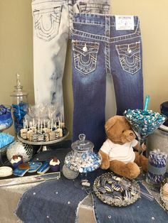 50th Birthday Party Themes, Adult Birthday Party, Mom Birthday, Diamond Theme, Diamond Party, Diamonds And Denim Party, Denim Decor, Pearl Party, Denim Flowers