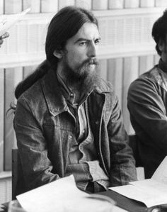 """George Harrison at a press conference to promote the """"Concert for Bangladesh""""; captured by Ian Showell (1970)"""