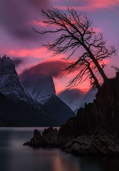 Sunset over St Mary Lake (Glacier National Park, Montana) by Mark Metternich - landscape photography Beautiful Sunset, Beautiful World, Beautiful Places, Nature Pictures, Cool Pictures, Beautiful Pictures, Landscape Photography, Nature Photography, Aesthetic Photography Nature