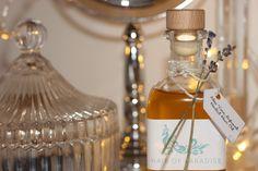 Aana Nourin Dubai Fashionista, Perfume Bottles, Photo And Video, Beauty, Perfume Bottle, Beauty Illustration