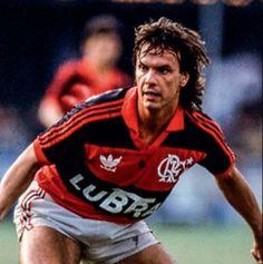 Ex-jogadores destacam caráter de Gaúcho após morte do ídolo do Fla #sportv descanse em paz.