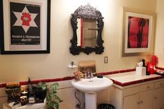 Love the red tile trim