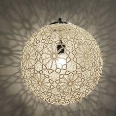 "Liz Crochet Lamp 14"" ø - Ivory door KatandIbin op Etsy https://www.etsy.com/nl/listing/211109150/liz-crochet-lamp-14-o-ivory"