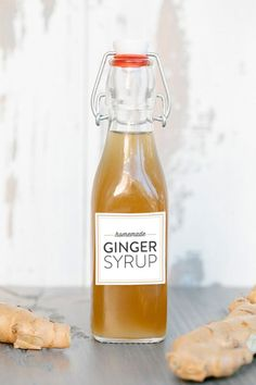 Homemade Ginger Syrup (+ FREE Ginger Syrup printables!) | sugarandcharm.com