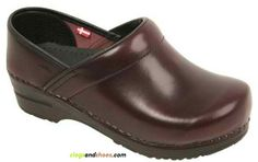 Men's Professional Cabrio - Bordeaux!  -Men's Professional Cabrio in brush off leather.  -The design is approved by the APMA (American Podiatric Medical Association) for its standards in arch support and orthopedic construction. -It has Skid resistant outsole provides safety in the workplace or on the go.