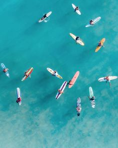 Oahu Hawaii / Everything you need to know to plan a trip, . - Oahu Hawaii / Everything you need to know to plan a trip to - Oahu Hawaii, Hawaii Ocean, Surfing In Hawaii, Girl Surfing, Hawaii Life, Beach Aesthetic, Summer Aesthetic, Aesthetic Girl, Aesthetic Outfit