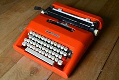 PICK A COLOR  Custom Olivetti Lettera 35  by WorkingTypewriters