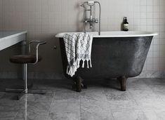 Graues Und Weißes Badezimmer In 27 Trendigen Modellen #badezimmer #graues  #modellen #trendigen
