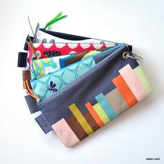 a ring of pouches (imagine actually having something like this in your purse...i might be able to find things!)